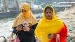 বাংলাদেশে মোবাইল ইন্টারনেট ব্যবহার করেন '৬৪ শতাংশ' নারী
