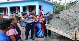 নোয়াখালী পুলিশ লাইন্স বিদ্যালয়ের মাঠের সংস্কার কাজ উদ্বোধন