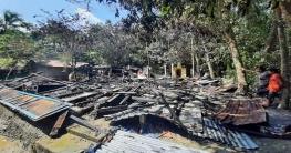 সোনাগাজীতে অগ্নিকান্ডে  বসতঘর পুড়ে ছাঁই