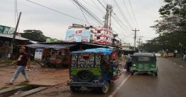 বলাখাল বাজারে ব্যাংক না থাকায় মানুষের চরম ভোগান্তি