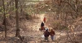 ভারতে ছুটছে মিয়ানমারের হাজার হাজার মানুষ